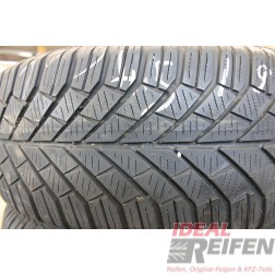 Continental Winter Contact TS830 205/55 R16 91H DOT2011 4,0-4,5mm Winterreifen